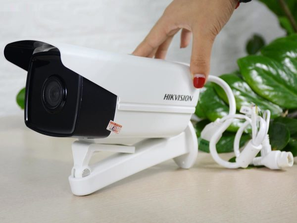 Camera IP hồng ngoại 2.0 Megapixel Hikvision DS-2CD2T21G0-IS